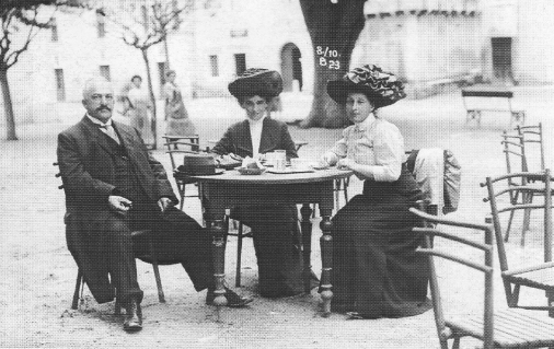 Albert & Dora Rosenfelder mit Frieda Mündheim