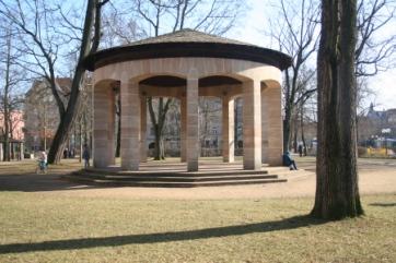 Pavillon Konrad-Adenauer-Anlage heute