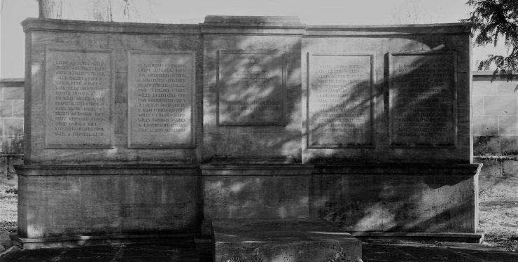 cropped-kriegerdenkmal4.jpg